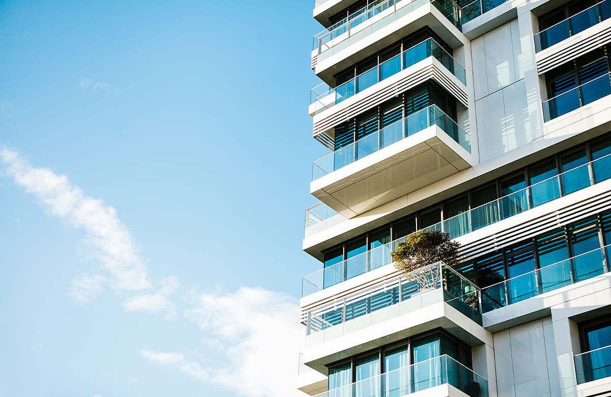 Einfach, praktisch und intelligent: iHaus und Theben schnüren effektives Gesamtpaket für den mehrgeschossigen Wohnbau