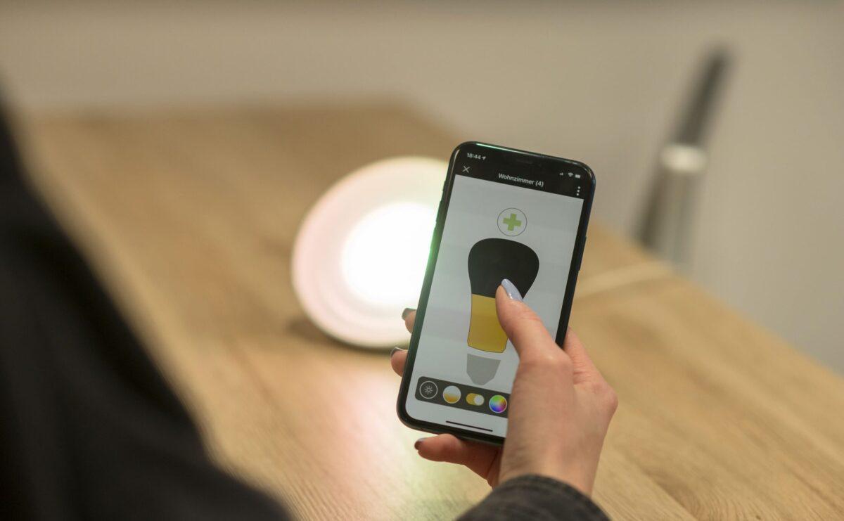 KNX und Philips Hue bequem über eine einzige App steuern