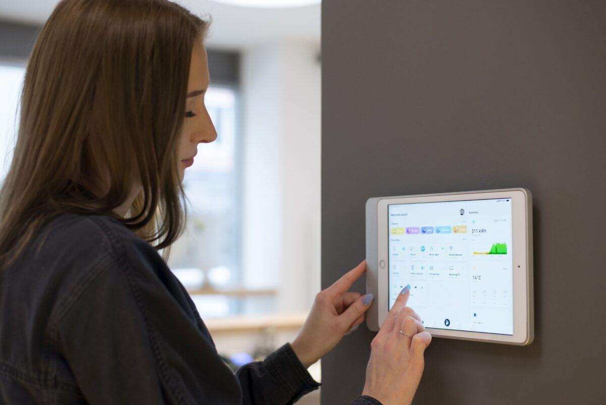 Smart Building System von iHaus